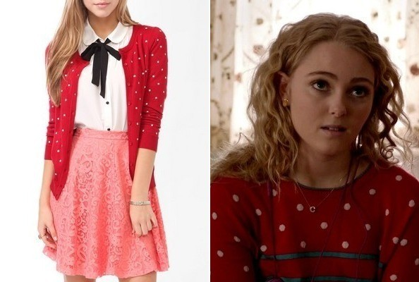 AnnaSophia Robb's Polka Dot Sweater on 'The Carrie Diaries'