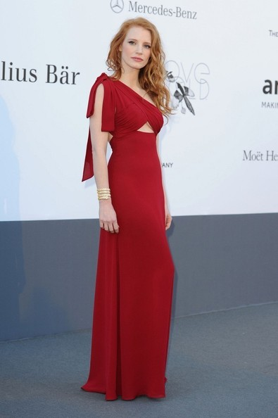 Show THIS Photo of Jessica Chastain to Anyone Who Thinks Redheads Can't Wear Red