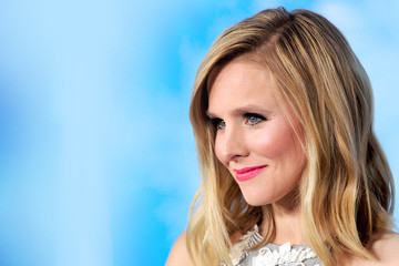 How Kristen Bell Feels About Being a Street Style Subject