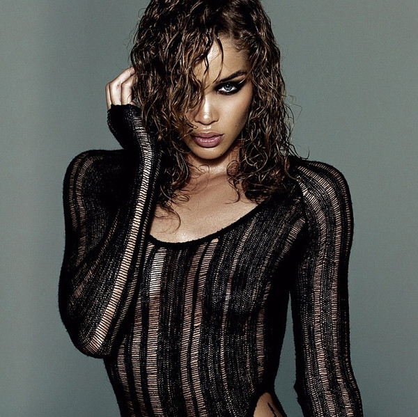 Jasmine Sanders Smoulders The Sexiest Celebrity