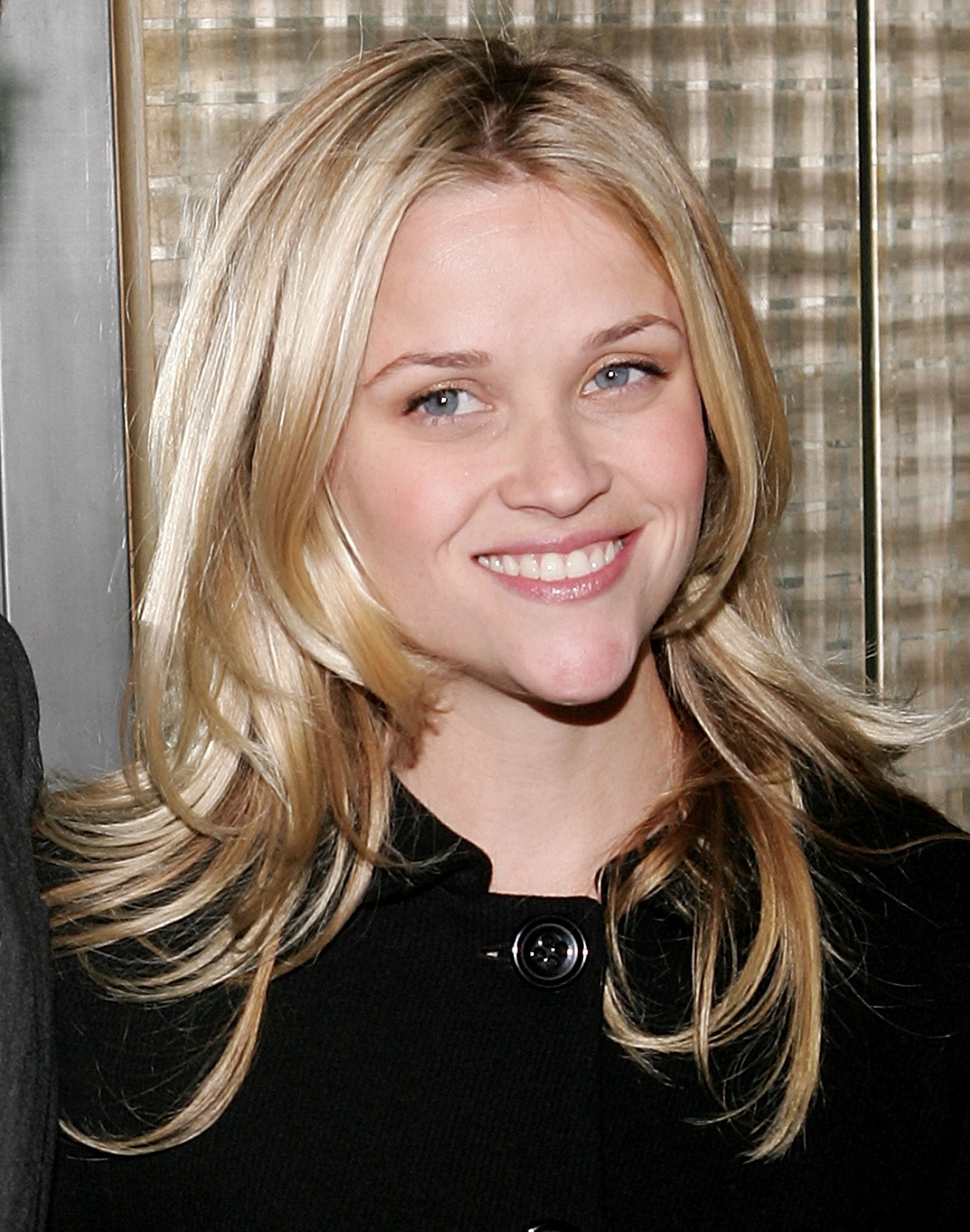 Are Reese Witherspoons New Bangs Her Best Red Carpet