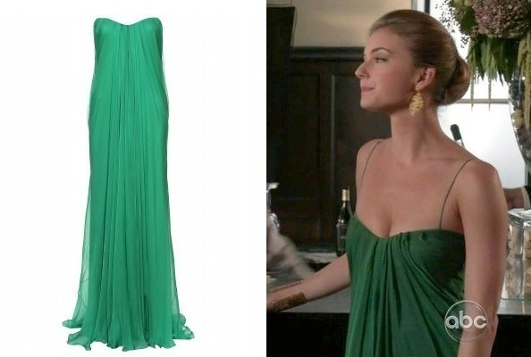 Emily VanCamp's Green Gown on 'Revenge'