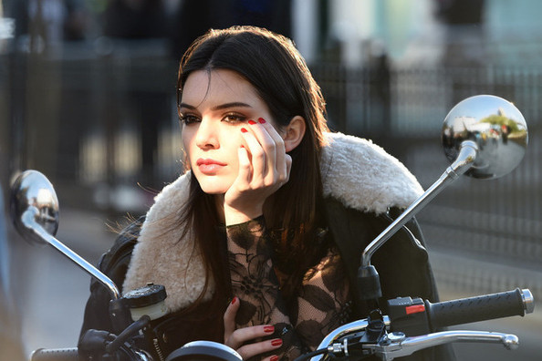 Kendall Jenner Lands Estée Lauder, Elle Fanning Shows off a New 'Do and More