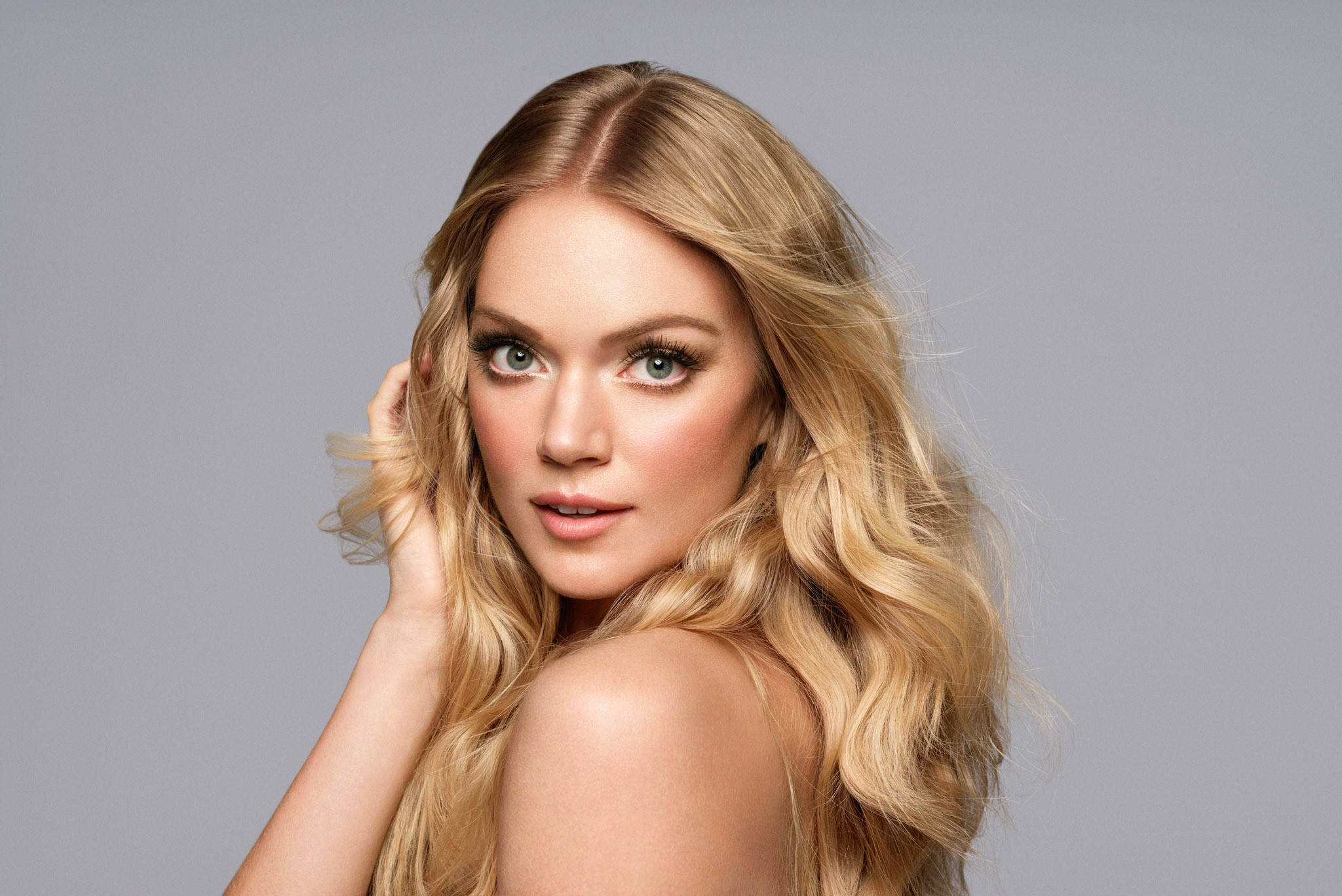 Lindsay Ellingson Launches New Makeup Line Wander Beauty