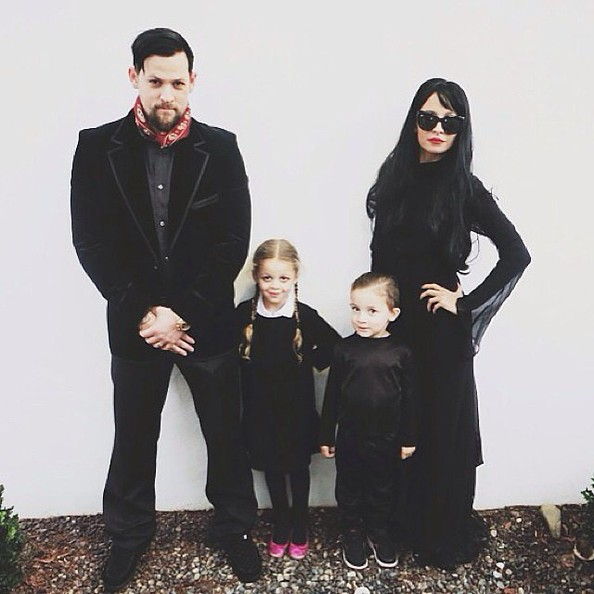 Nicole Richie, Joel Madden and Their Kids (2013)