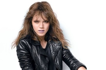 Maybe She's Born With it, Maybe She's Freja Beha