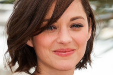 100 Cute Short Haircuts for Wavy Hair