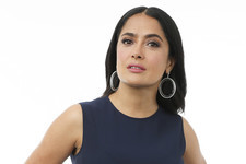 Salma Hayek Says Harvey Weinstein Once Threatened to Kill Her