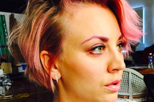 Kaley Cuoco-Sweeting Actually Makes Pink Eyebrows Look Pretty Hot