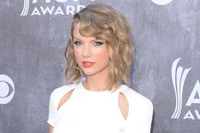 Here's Why the Giants Should Be Thanking Taylor Swift for their World Series Wins