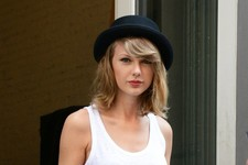 Taylor Swift Shops in Short Shorts