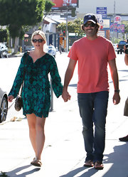 Amy Smart chose a teal floral flowing dress for her casual daytime look.