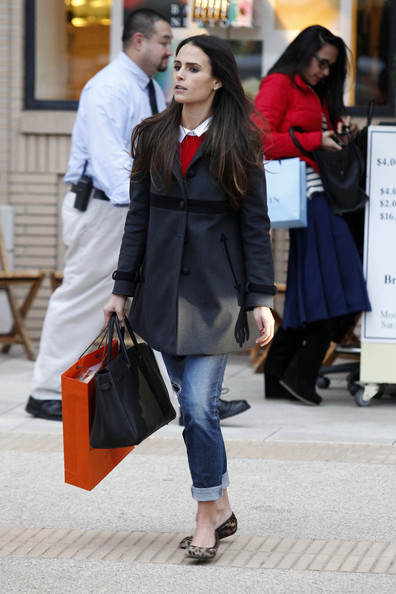 More Pics of Jordana Brewster Ballet Flats (5 of 13) - Ballet Flats Lookbook - StyleBistro
