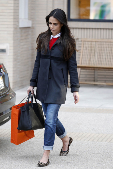More Pics of Jordana Brewster Ballet Flats (2 of 13) - Jordana Brewster Lookbook - StyleBistro