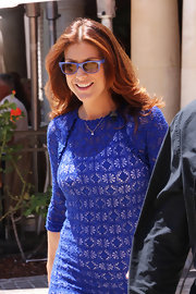 Kate Walsh matched the shade of her blue crocheted dress to her Ray-Ban 2132 Wayfarers.