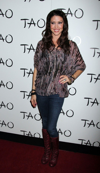 More Pics of Shannon Elizabeth Long Curls (2 of 5) - Shannon Elizabeth Lookbook - StyleBistro
