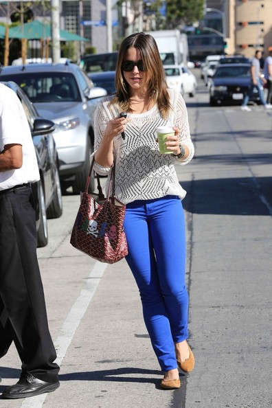 More Pics of Sophia Bush Printed Tote (1 of 9) - Printed Tote Lookbook - StyleBistro