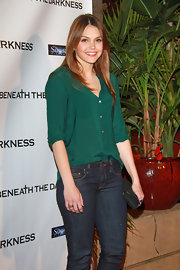Aimee Teegarden accentuated her eyes with a rich emerald blouse.