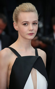 Although her hair may look simple from the front, Carey Mulligan's bun was anything but! The twisted 'do was totally chic at the Cannes Film Festival.