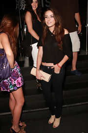 Alexis showed off her cream hard case clutch while hitting Katsuya restaurant.