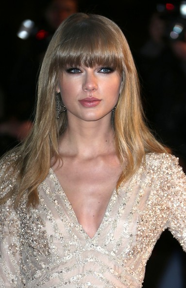 More Pics of Taylor Swift Beaded Dress (6 of 11) - Taylor Swift Lookbook - StyleBistro