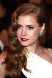 Amy Adams arrived at the Met Gala wearing a pair of 1960s diamond spray earrings in platinum.