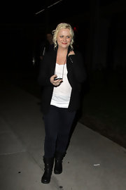 Amy Poehler looked casually cool at BOA Steakhouse in black motorcycle boots.