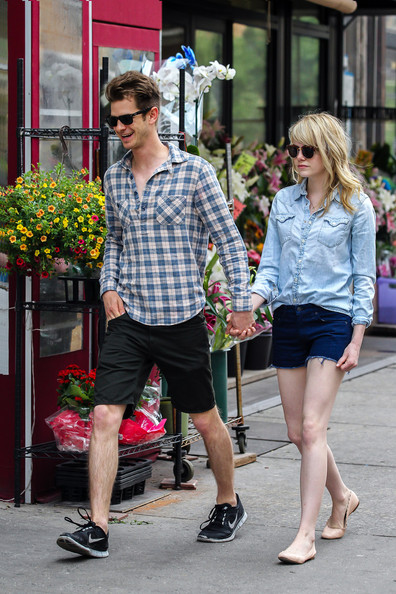 More Pics of Emma Stone Denim Shirt (3 of 10) - Emma Stone Lookbook - StyleBistro
