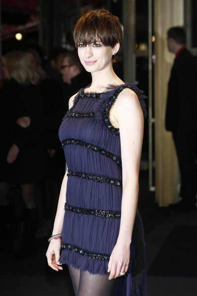 More Pics of Anne Hathaway Short cut with bangs (2 of 13) - Anne Hathaway Lookbook - StyleBistro