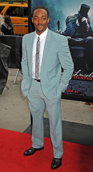 Anthony Mackie Men's Suit []