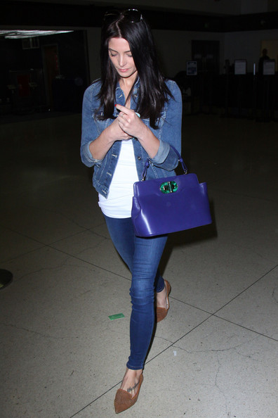 More Pics of Ashley Greene Skinny Jeans (1 of 15) - Ashley Greene Lookbook - StyleBistro