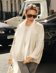 Kylie Minogue looked too-cool running errands around London in these oversized aviators.