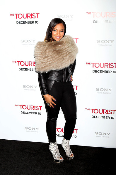More Pics of Ashanti Fur Scarf (1 of 3) - Ashanti Lookbook - StyleBistro