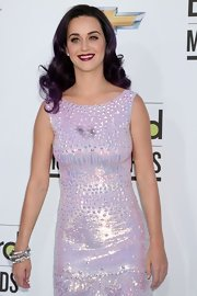"Katy Perry arrived at the 2012 Billboard Music Awards wearing five ""jaguar"" bangles."