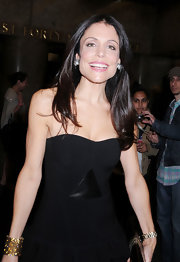 Bethenny Frankel swept on a sheer shade of bubblegum pink lipstick for an appearance on 'Late Night With Jimmy Fallon.'