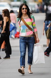 Bethenny rocked a pair of loose-fitting jeans that were cropped at the ankle while out in NYC.