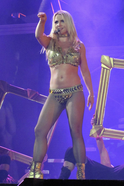 Britney+Spears+performs+O2+arena+London+