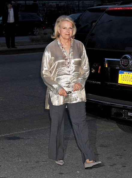 Candice Bergen Loose Blouse