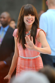 Carly Rae cinched her waist with a glitzy rhinestone-studded belt.