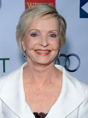 Florence Henderson wore her hair short with a side part when she attended the Voices on Point musical gala.
