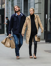 Carolyn Murphy bundled up in style with this tan wool coat.