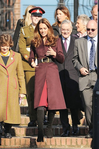 More Pics of Kate Middleton Evening Coat (1 of 28) - Kate Middleton Lookbook - StyleBistro