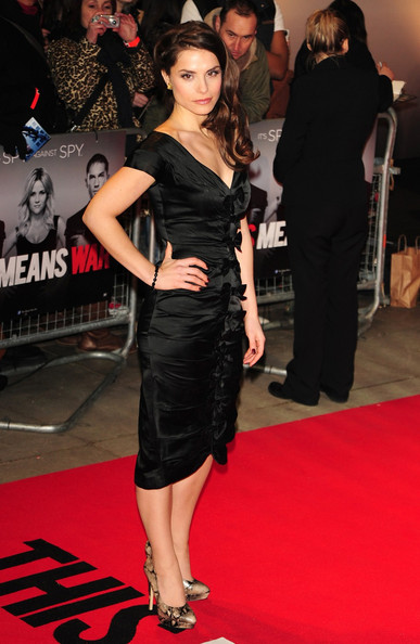 Charlotte Riley Clothes