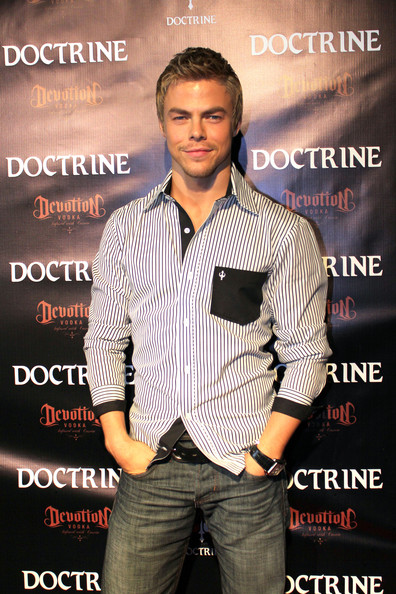 Derek Hough showed off his stylish side in a button down shirt.