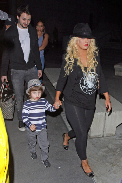 Christina Aguilera Goes to See Cirque du Soleil