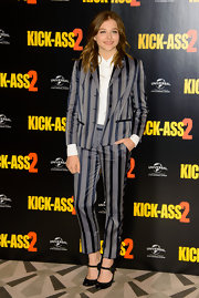 Chloe looked effortlessly cool with this gray-and-navy striped suit, which she wore to the premiere of 'Kick-Ass 2.'