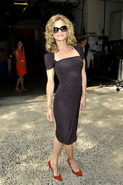 Kyra Sedgwick looked retro-perfect for her visit to 'Live! With Kelly' wearing this polka-dot square-neck sheath.