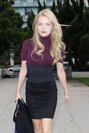 Izabella showed off her long curls while hitting the Santa Monica courthouse.