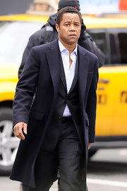 This long navy dress coat fit Cuba Gooding Jr. like a glove. A really classy wardrobe piece.