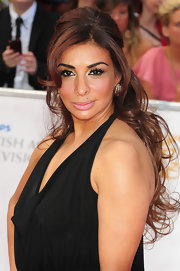 Shobna Gulati attended the 2011 BAFTA's with her long dark hair styled in a voluminous half-up 'do.